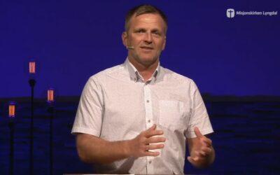 «Guds godhet» av pastor Jim L. Foss